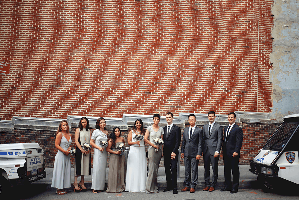 bridal party picture downtown manhattan