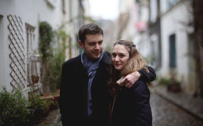 ALICE AND THOMAS: A CASUAL ENGAGEMENT SHOOT IN PARIS