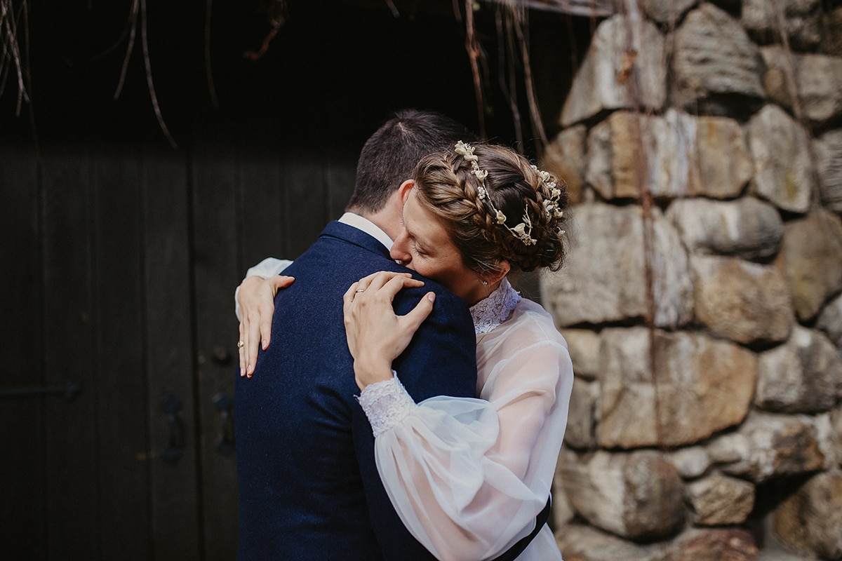 boho wedding at bluehill at stone barn