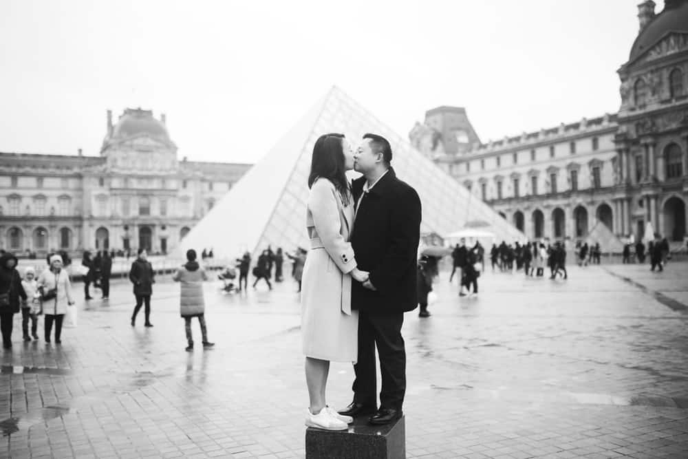 paris engagement photos